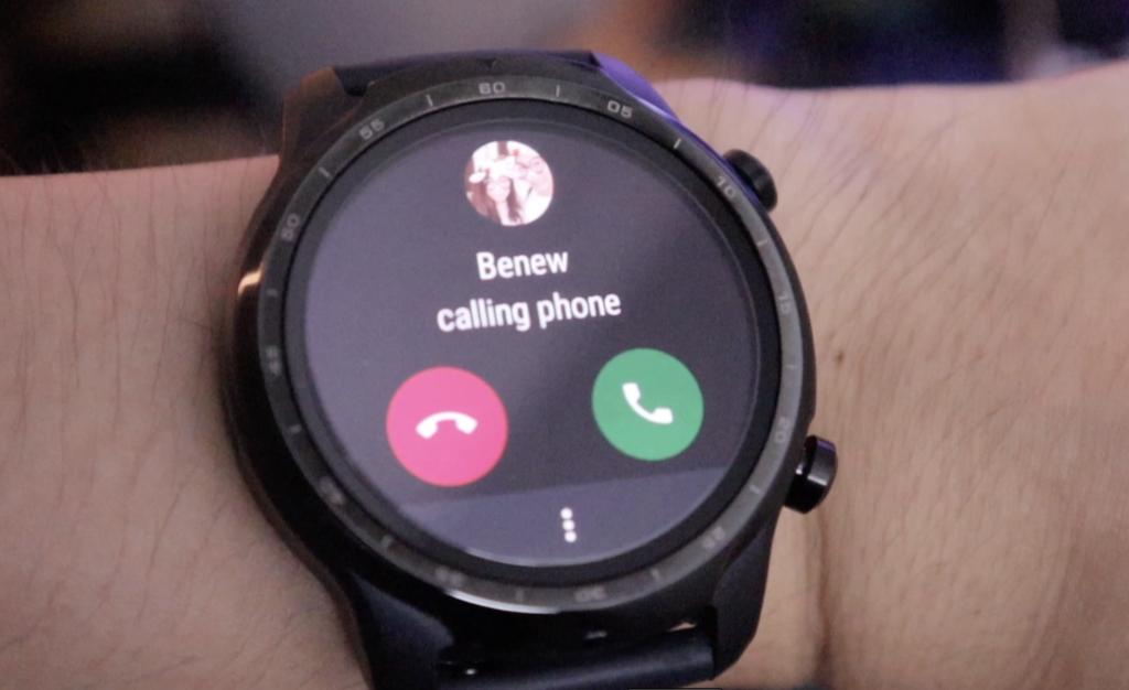 smart-watch-คุยโทรศัพท์